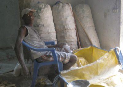 Dans la fabrique de farine ©LesAteliersPIXEL